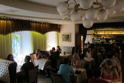 Вечеринка знакомств в ресторане Особняк. 27 пар возраста 30-42 года